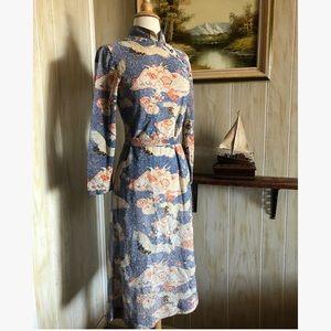 Vtg Chinese Crane Metallic Knit Dress